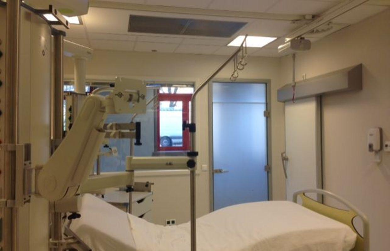 Nouvelles urgences d 39 ambroise par les lits dans le for Chambre de soins intensifs en psychiatrie