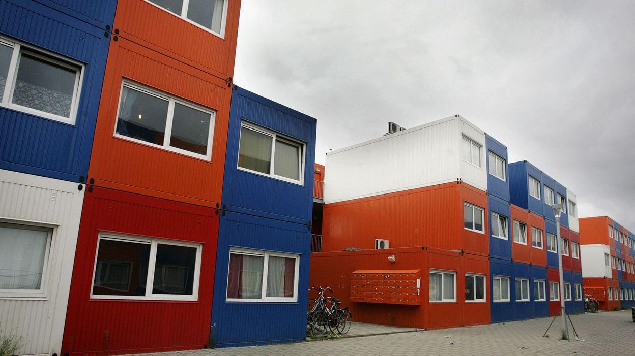 Amsterdam des containers pallient le manque de logements - Logement insolite amsterdam ...