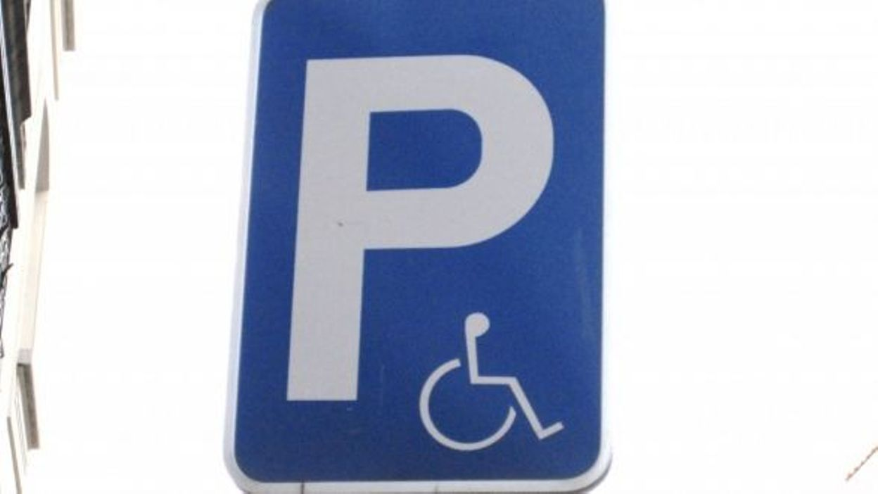 Alt o campagne pour le respect des stationnements handicap s for Redaction sur le respect