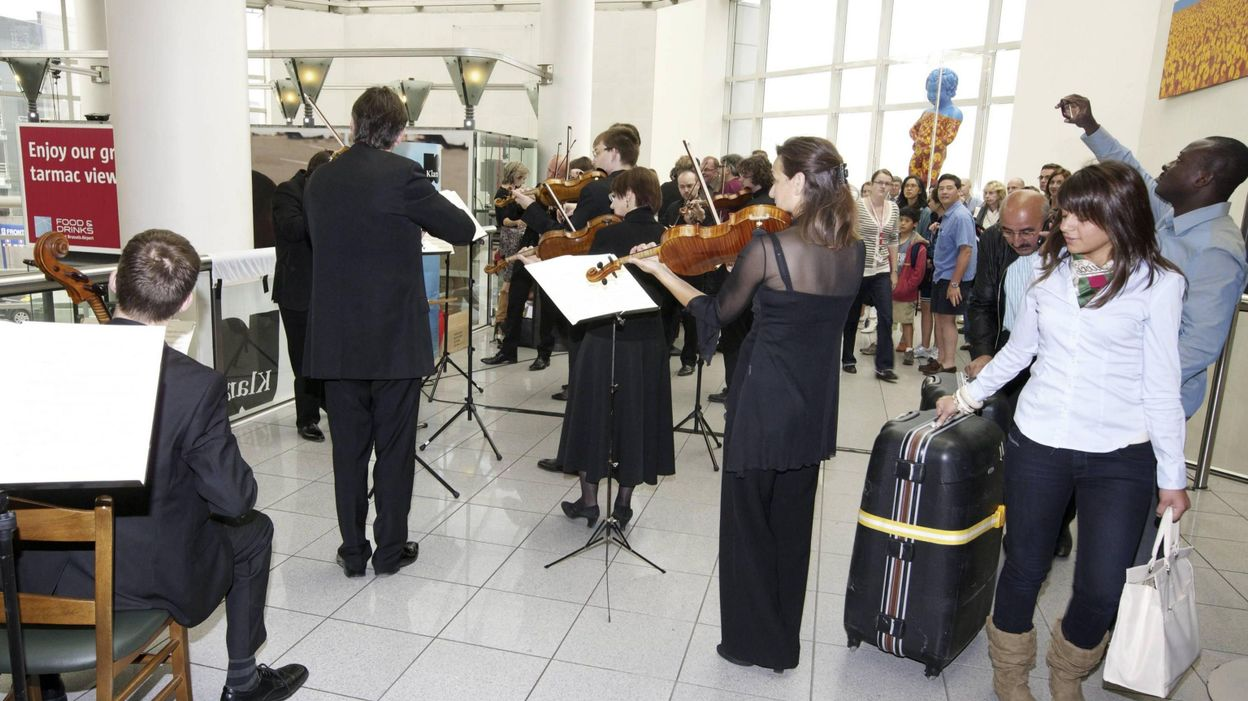Orchestre royal de chambre de wallonie le passage de t moin for Chambre de commerce wallonie