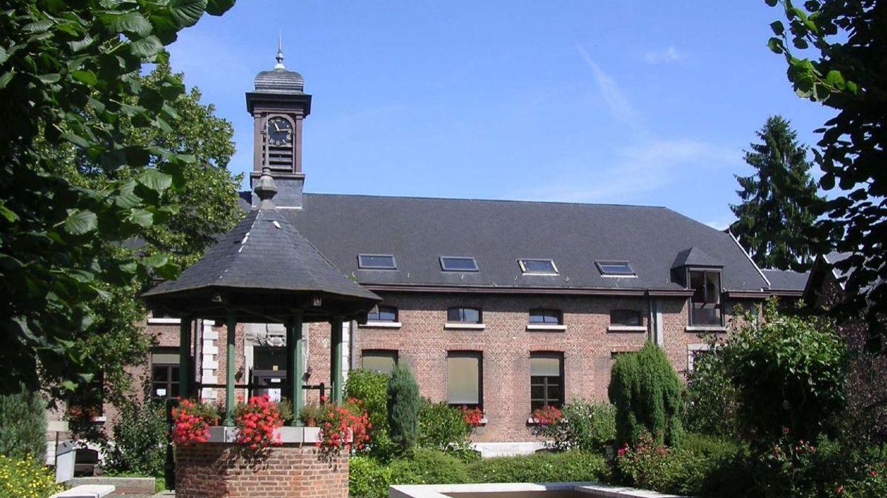 adeps ferme du chateau loverval Ferme du beche milmort html à belgique adeps-centre-sportif-la-ferme-du-chateau-loverval adeps-centre sportif la ferme du château allée.