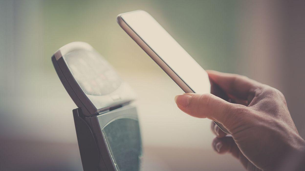 bancontact veut initier le paiement par smartphone en belgique. Black Bedroom Furniture Sets. Home Design Ideas