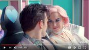 "Katy Perry dévoile le clip rétro-futuriste de ""Chained To The Rhythm"""