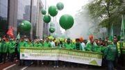 Bruxelles: des milliers de manifestants défilent pour la défense des services publics