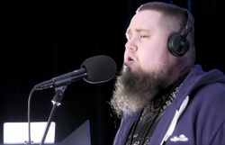 L'étonnant Rag'N'Bone Man en interview et session live