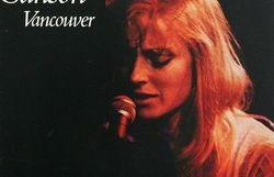 """""""Plus qu'une chanson, Vancouver de Véronique Sanson est une bouteille à la mer, un selfie"""""""