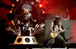 Amusante campagne de Guns N'Roses pour leur future venue en Belgique