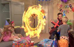 Très drôle: le vrai Doctor Strange de Marvel dans une fête d'anniversaire