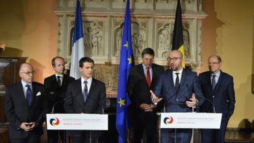 La conférence de presse commune de Manuel Valls et de Charles Michel