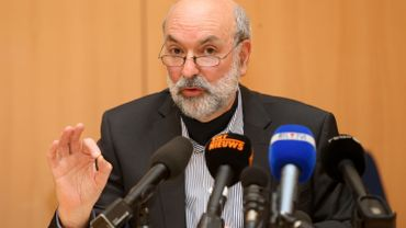 Le procureur du Roi de Charleroi, Pierre Magnien, lors de la conférence de presse