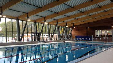 La nouvelle piscine de waremme trop glissante devrait for Blue piscine hannut