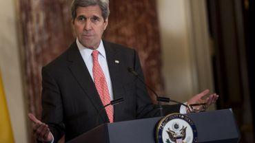 """""""Nous avons un immense intérêt à régler les problèmes de la région avant qu'ils ne nous consument tous"""" a déclaré John Kerry"""