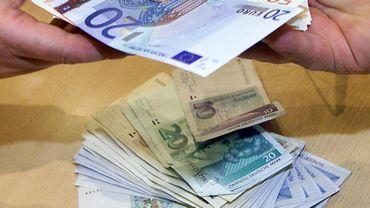 Des euros et des deutsche mark