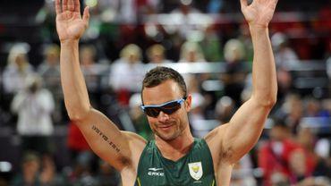Pistorius conserve son titre sur 400m