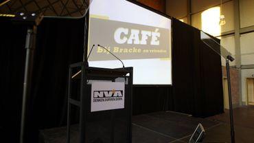 """Café bij Bracke en vrienden"", lundi 2 septembre 2013 à Dendermonde"