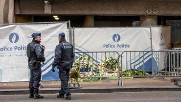 Attentats à Bruxelles: les domiciles des frères El Bakraoui perquisitionnés, un nouveau suspect recherché