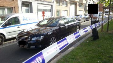 Une voiture ressemblant à celle utilisée par le tueur retrouvée à Jette
