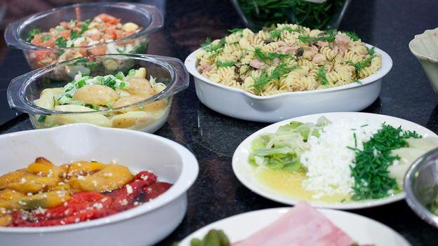 Buffet des copains rtbf sans chichis for Cuisine entre copains