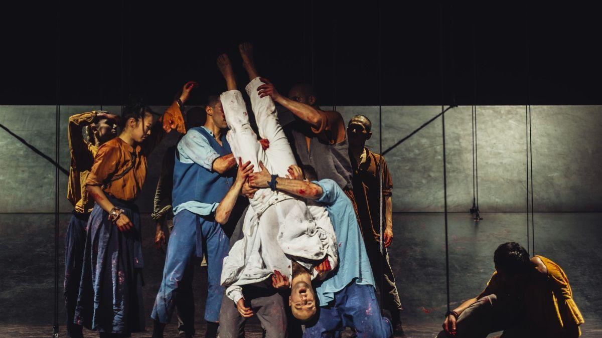 """Satyagraha"" de Philip Glass m e s chorégraphie de Sidi Larbi Cherkaoui"
