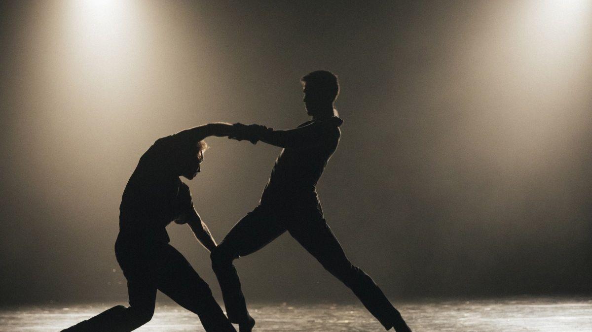 Crystal Pite 'Ten duets'