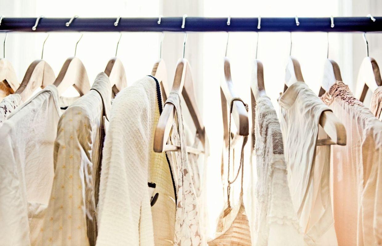 7fb32258474 7 essentiels de garde-robe pour être bien habillée et enfin arrêter de  manquer de style