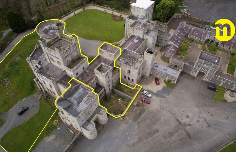 Irlande Du Nord Le Chateau Ancestral De La Maison Tully Dans Game