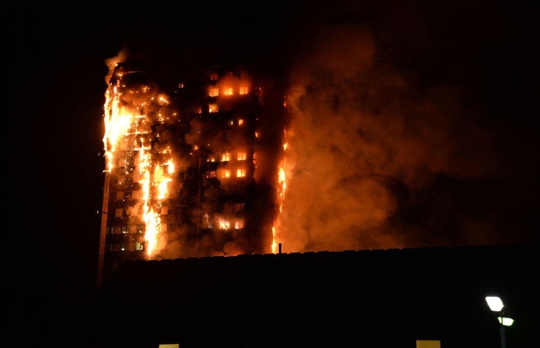Incendie de Londres: 65 personnes toujours portées disparues