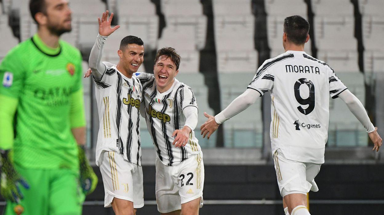 Serie A La Juventus domine la Roma, Cristiano Ronaldo marque et fait rire l'arbitre - RTBF