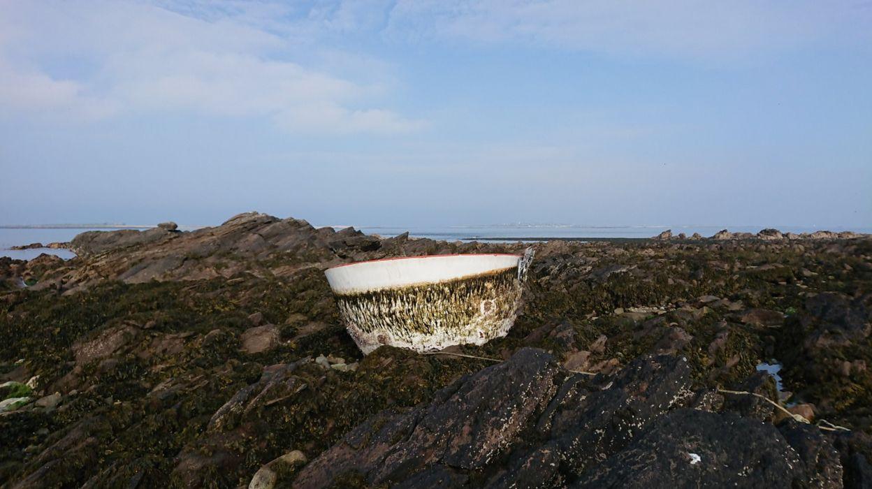 Un morceau de fusée SpaceX découvert sur l'île de Quémènes en Bretagne
