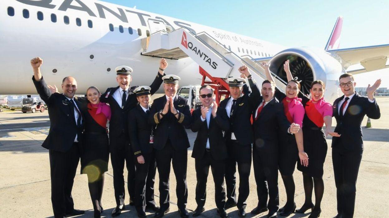 Le plus long vol direct de l'histoire, parti de New York, a atterri à Sydney après 19h dans les airs