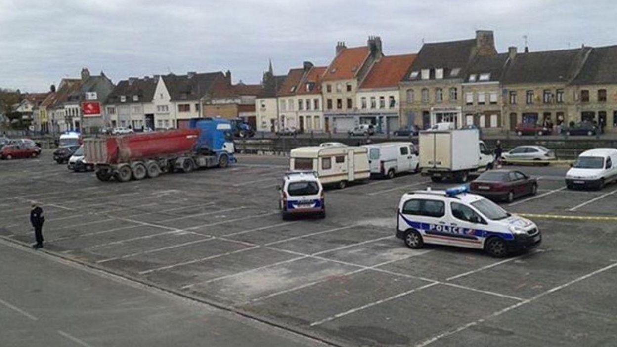 France: des bureaux de vote temporairement évacués à besançon et