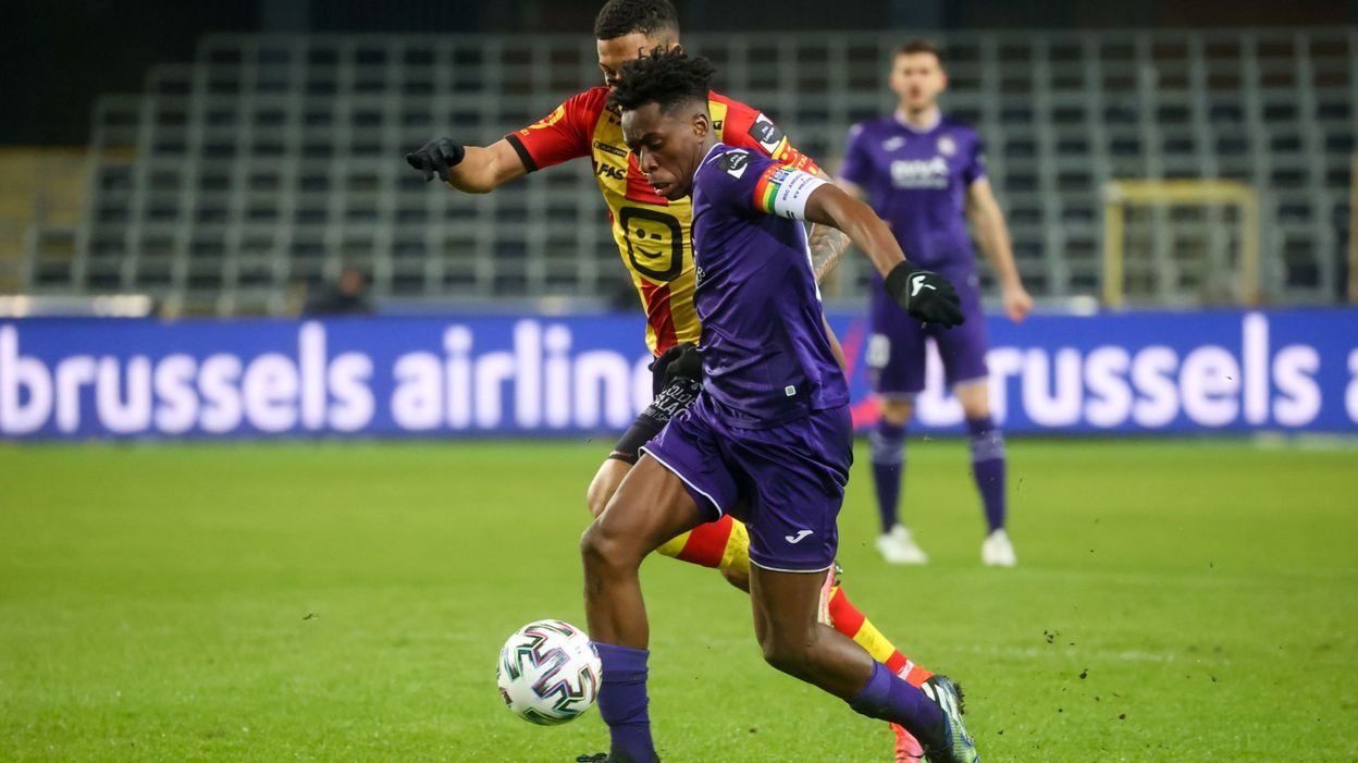 Anderlecht répond à la polémique du brassard de Lokonga :