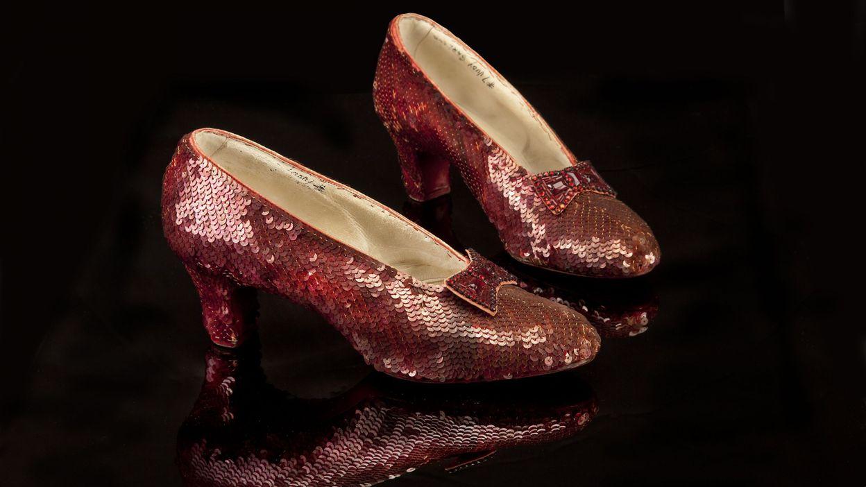 Chaussures Restaurer Les Dorothy De Pour UsaLevée Fonds Rouges trCQshdx