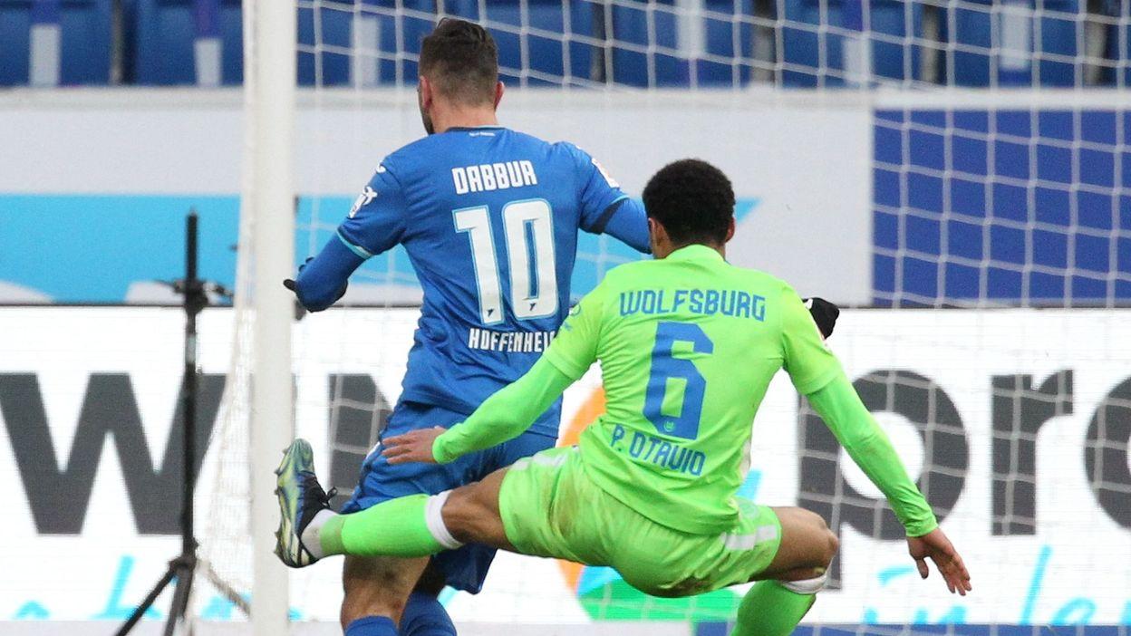 Bundesliga : Il réalise un tacle crapuleux et est logiquement exclu - RTBF