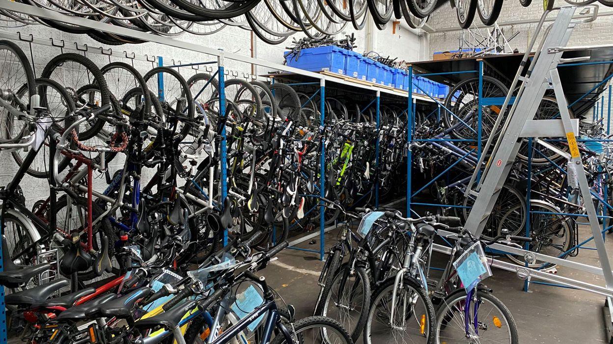 Vols de vélos en hausse à Bruxelles : quelques astuces pour en réduire les risques