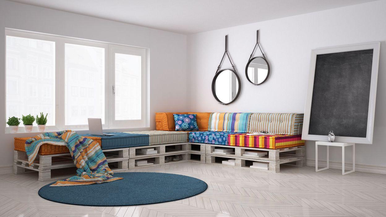 economique et cologique optez pour le canap en palette. Black Bedroom Furniture Sets. Home Design Ideas