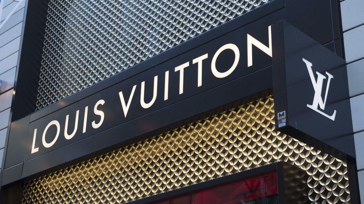 Attaque à la voiture-bélier chez Louis Vuitton à Knokke  les sacs à main  retrouvés b29f3e70974