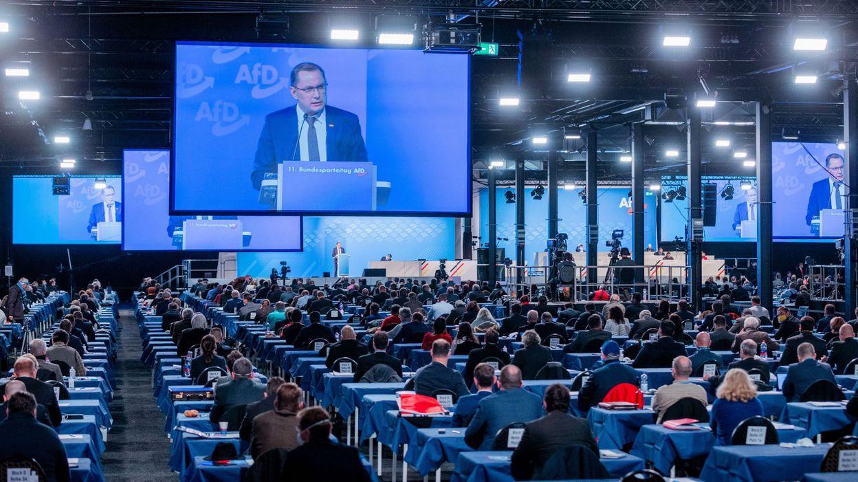 Allemagne : un congrès d'extrême-droite suscite la polémique en pleine pandémie