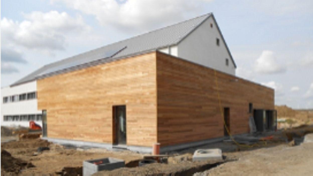 Nouvelle maison communale de villers le bouillet le ras for Carrelage villers le bouillet
