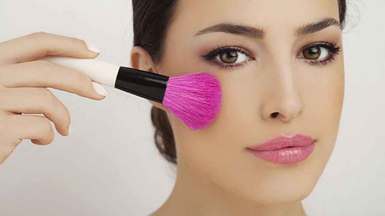 Pourquoi Pour Il Une Femme Maquillage Le Est Si Important 534RAjLq