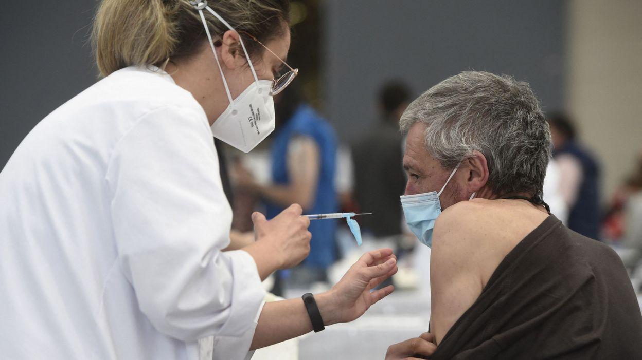 Prendre du paracétamol avant de se faire vacciner ?