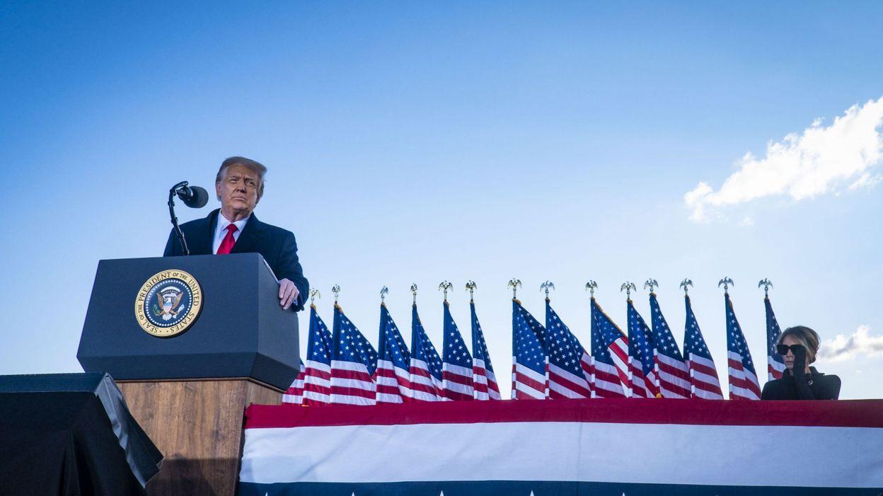 Procédure de destitution : pourquoi poursuivre Donald Trump alors qu'il n'est plus président ?