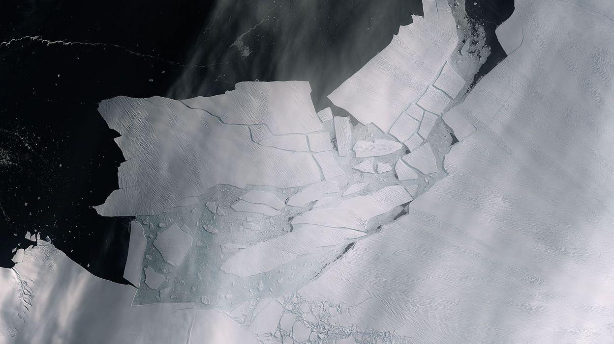 Un morceau de banquise grand comme deux fois la Région bruxelloise s'est détaché de l'Antarctique (vidéo)