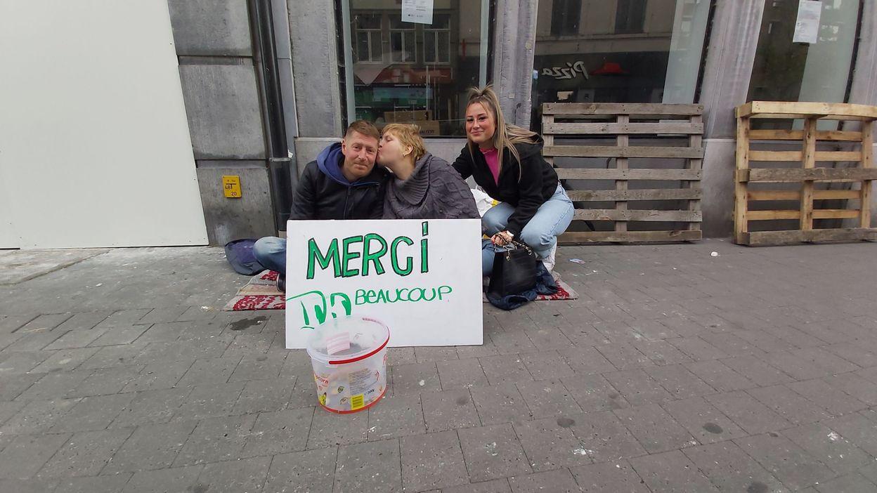 Namur : 2 étudiantes aident des sans-abri et font le buzz sur Tik Tok