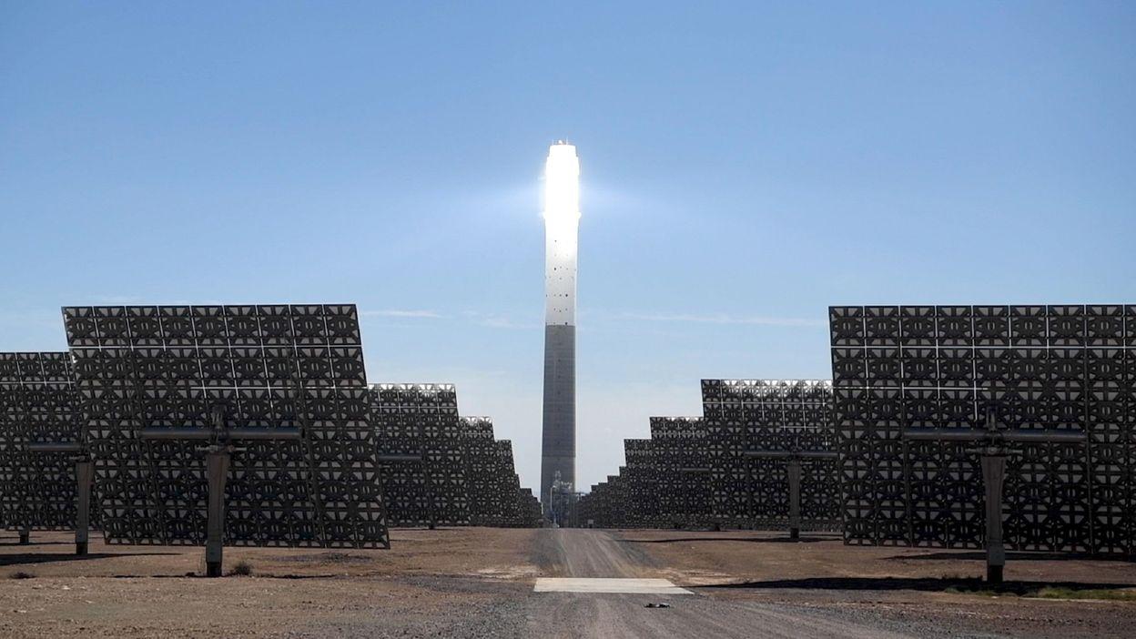 Maroc : la plus grande usine de captation d'énergie solaire du continent africain - RTBF