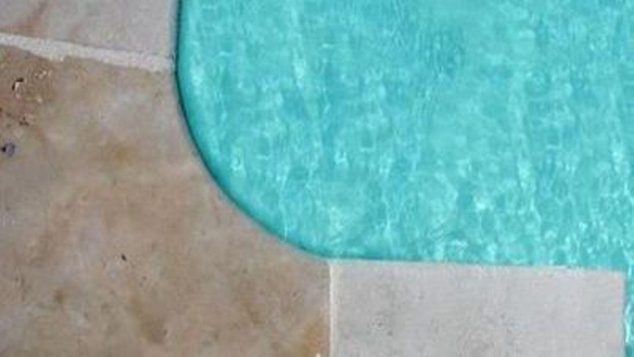Les piscines tendances 2012 for Piscine tendance