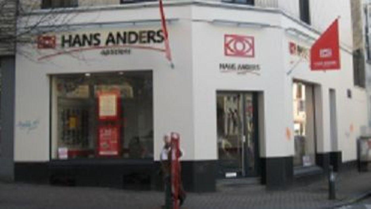 875c4a45028028 Guerre des lunettes pas chères  Hans Anders se défend après une plainte  pour publicité trompeuse