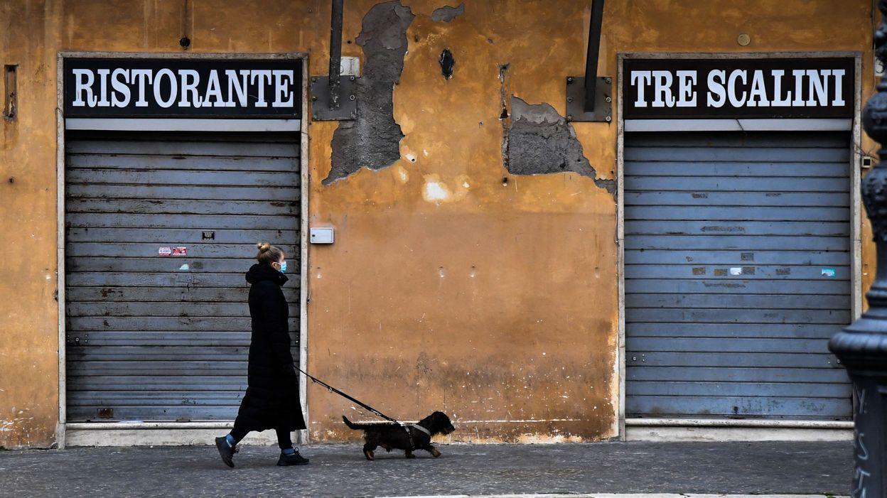 Coronavirus: confrontée à une troisième vague, la majeure partie de l'Italie se reconfine dès lundi - RTBF