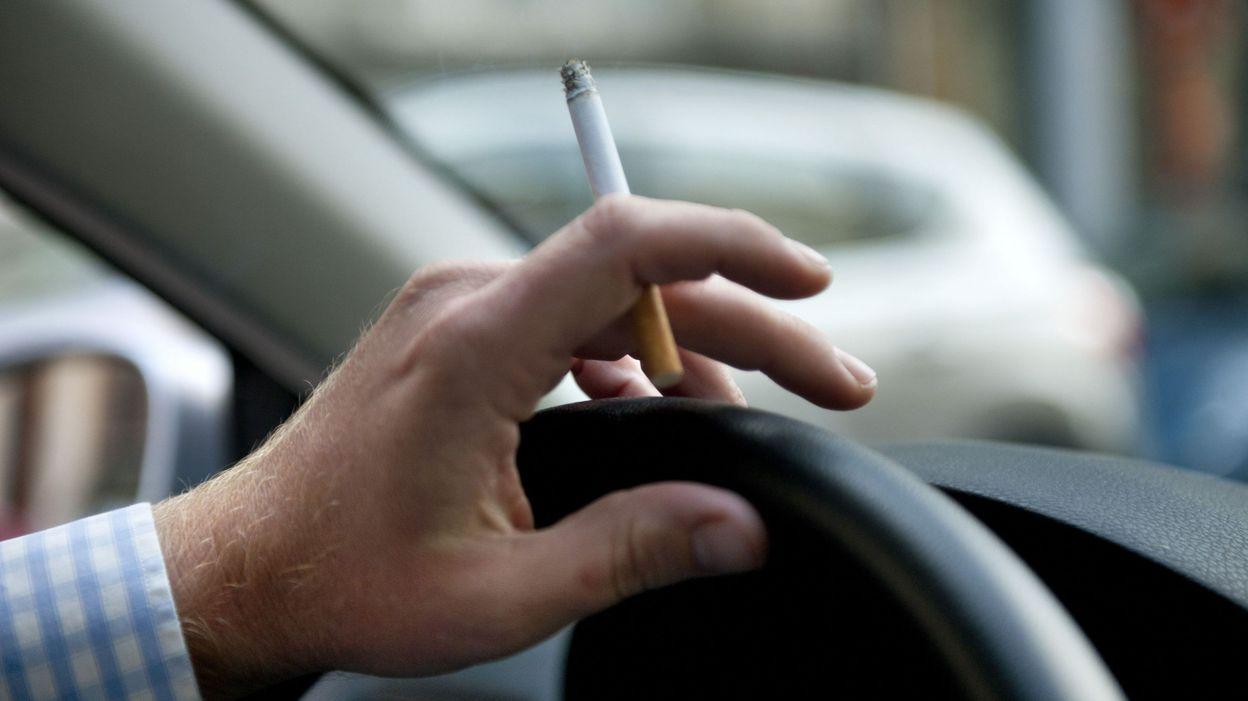 le parlement wallon approuve l 39 interdiction de fumer en voiture en pr sence d 39 un mineur. Black Bedroom Furniture Sets. Home Design Ideas