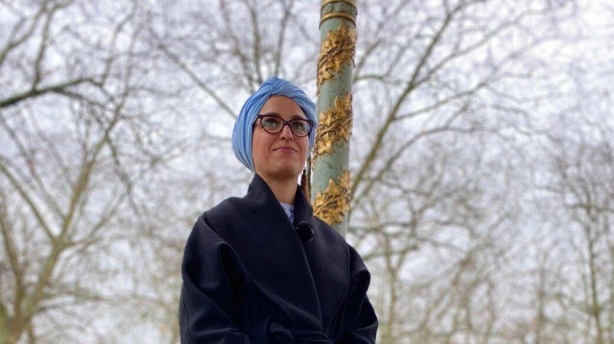 15h56 Asma Boujtat est élue Ambassadrice des Sciences 2021 - RTBF